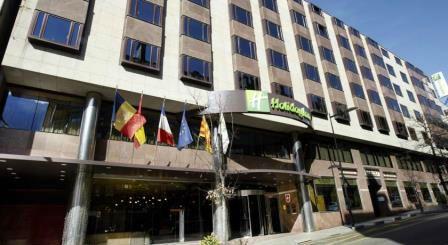 Holiday Inn Andorra. Irconniños.com